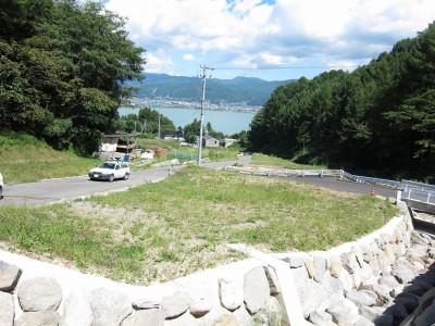 諏訪湖を望む